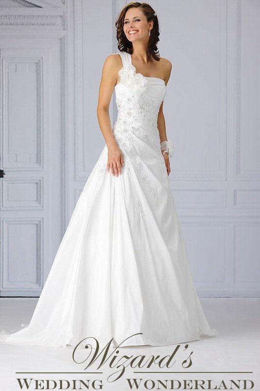 WeddingWonderland Bruidsmode